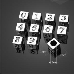 "Бусина металлическая ""Цифра на кубе"""