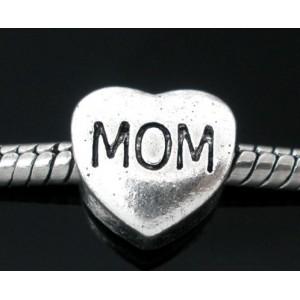 "Бусина сердце ""Мама"""